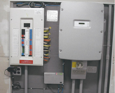 Typical Residential Panel Complete With Anti Islanding Interconnected 5 KW Inverter